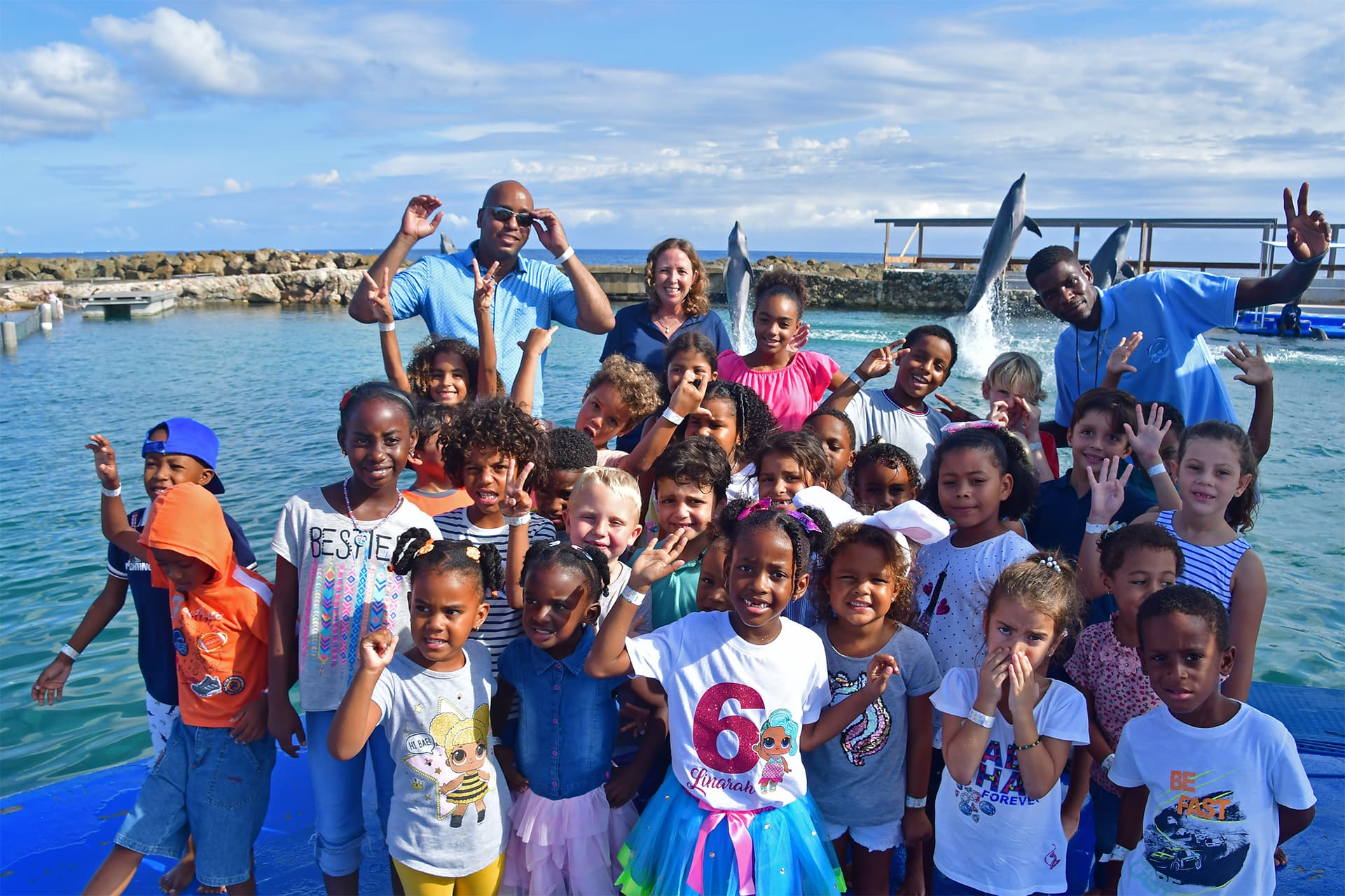 Curaçao Sea Aquarium faciliteert een volledige coördinatie van een dolfijn kinderverjaardagsfeestje.